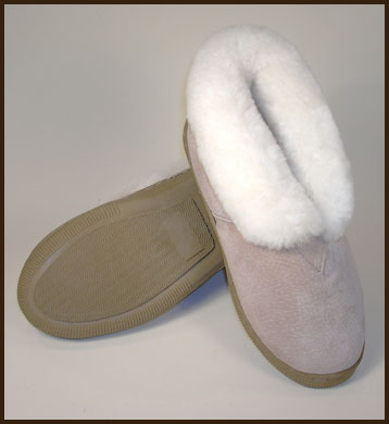 Woolworks Chestnut Sheepskin Slippers, Women's: click to enlarge