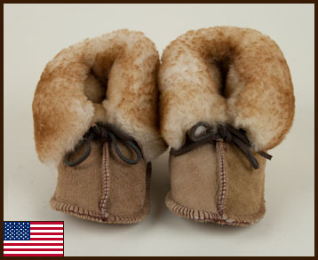 Sheepskin Baby Booties: click to enlarge