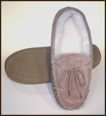 Woolworks Chestnut Sheepskin Moccasin, Women's: click to enlarge